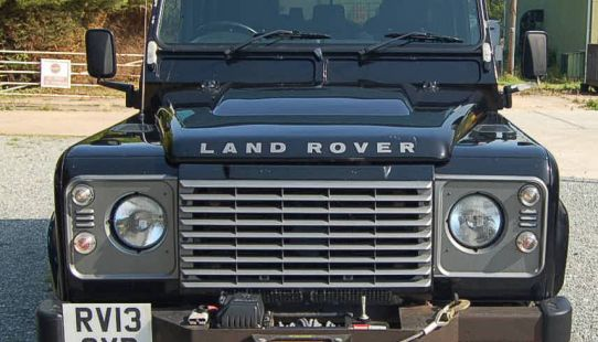 Land Rover Defender 110 XS TD Crew Cab Pick Up